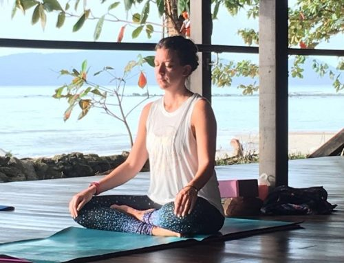 5 tips to help you find a yoga retreat.